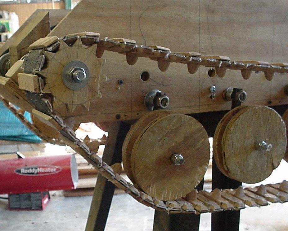 Как сделать гусеницы для модели танка